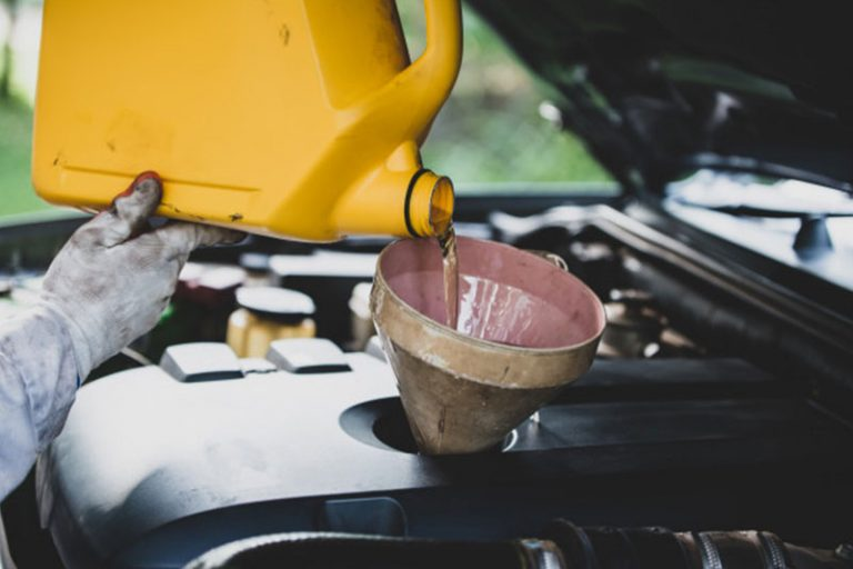 Best Oil for 5.4 Triton We Tried & Liked